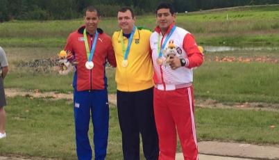 Tirador Marko Carrillo ganó el bronce en Toronto 2015 para el Team Perú