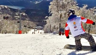 Snowboarder Víctor Chávez listo para competir en el Circuito Suramericano 2015