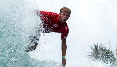 Surfista Miguel Tudela se ubicó tercero en Arica World Star Tour - El Gringo 2015