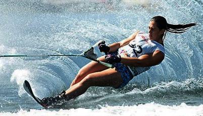 Esquiadora Delfina Cuglievan se coronó campeona del Mystic Falls 2015