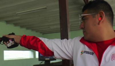 Marko Carrillo listo para competir en Campeonato de Tiro en Tailandia