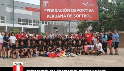 Preselecciones de sóftbol entrenan a diario en la Videna en pos de los retos 2017